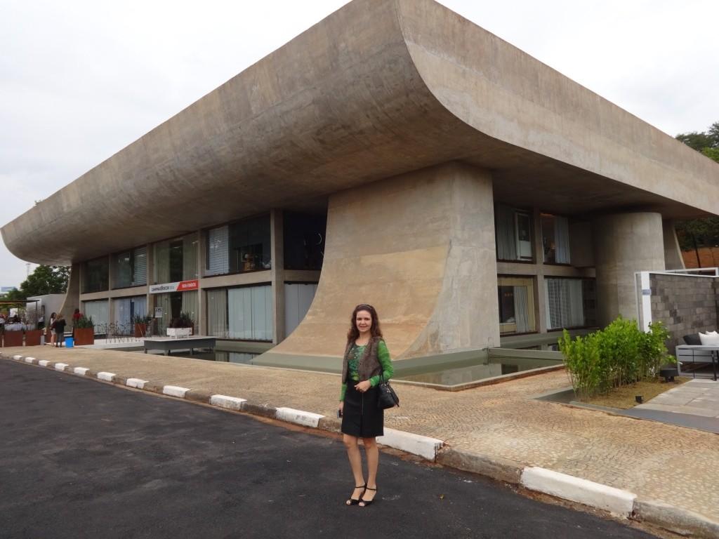 Imponente prédio todo envidraçado e cercado por espelho d´água será cenário da principal mostra de arquitetura, decoração e paisagismo do interior paulista