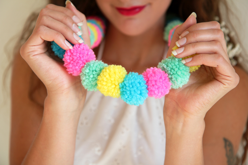 Pom-Pom-Necklace-View-4